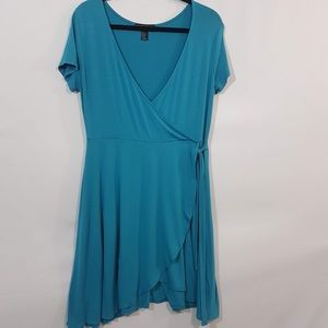 FOREVER 21 - plus size flowy dress